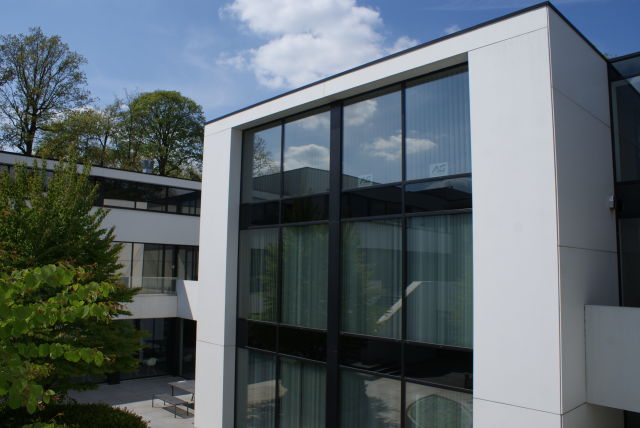 LoQutus has rented offices in the Westrem building in Ghent