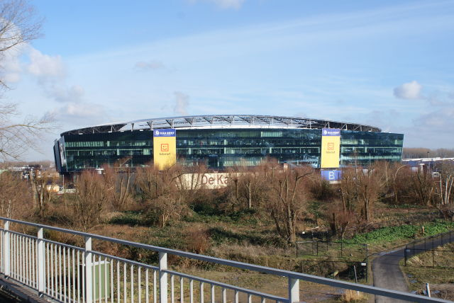 Cloud Innovation huurt een kantoor in de Ghelamco Arena MeetDistrict