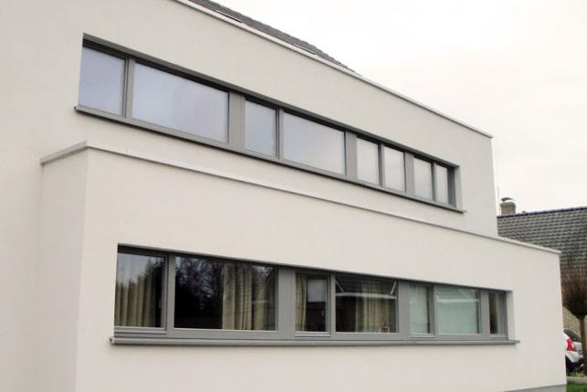 Lens huurt nieuwe kantoren in Kapelle-op-den-Bos