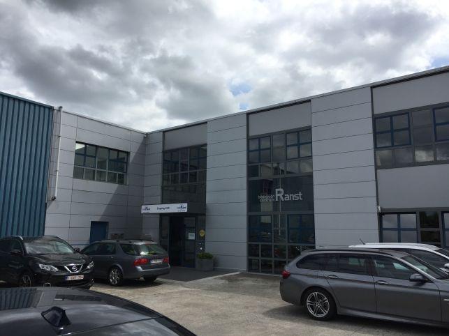 W & F Consult heeft kantoorruimte gehuurd in Ranst