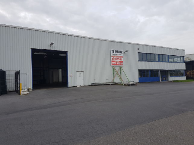 Easyfixing has rented a warehouse near Ghent