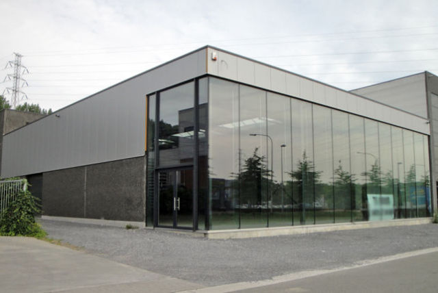 Lecot has rented a new showroom & warehouse in Zemst