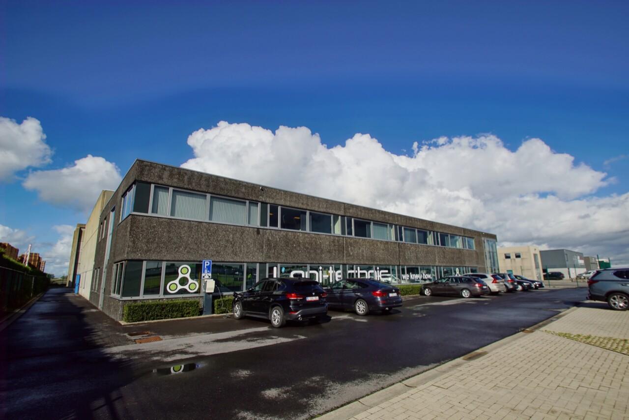 Vliegveld Wevelgem kantoor en opslag te huur