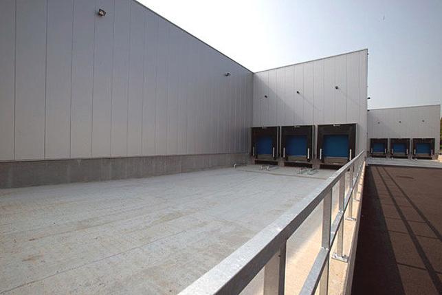 Opslag & magazijn voor distriibutiecenter te huur in Aalst