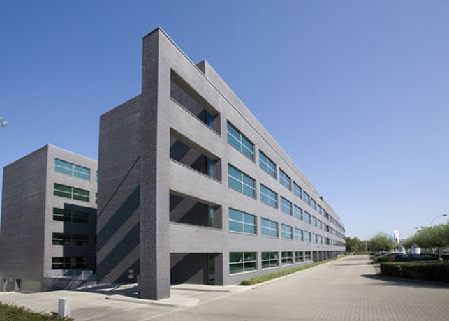 Offices to let at Berchem railway station in Antwe