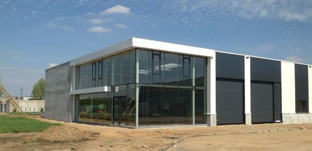 Maasmechelen | Bedrijfsgebouw met opslag te koop & huur | Maastricht