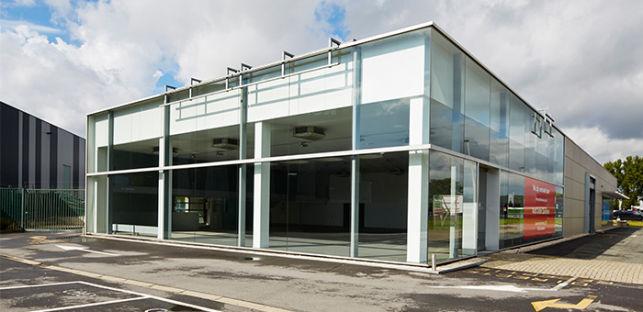 Kmo units showroom magazijn te koop in vilvoorde aximas for Magazijn te koop antwerpen