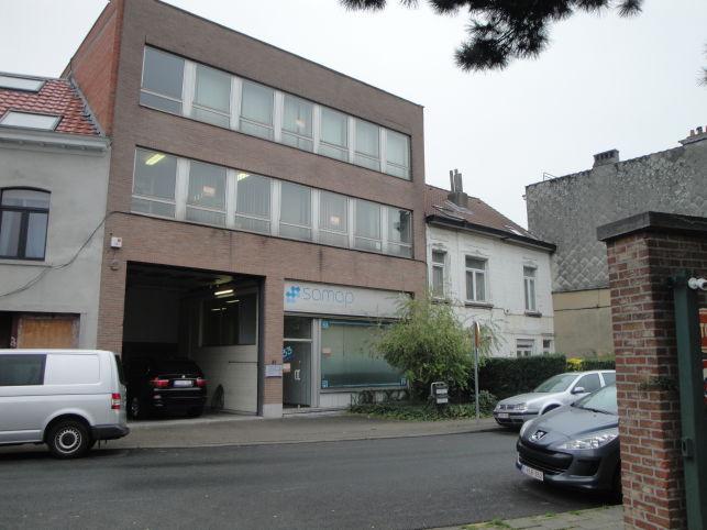 Brussel Evere Station - Bedrijfsgebouw met atelier te huur