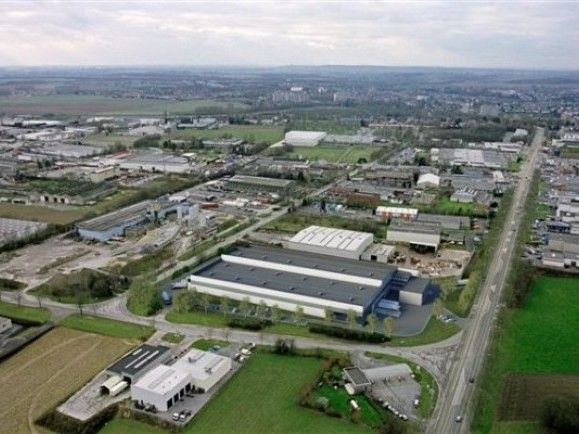 Distribution center to let in Brussels-south