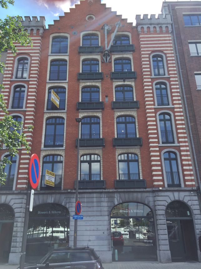 Loftkantoor te huur antwerpen eilandje aximas for Te huur huis in antwerpen