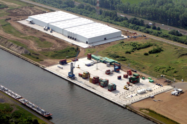 Distribution centre for rent near the Port of Antwerp