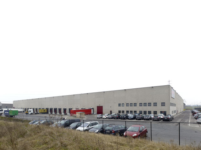 Logistiek distributiecentrum te huur in Luik