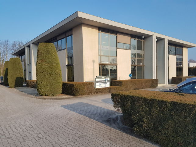 Office space to let in Saint-Martens-Latem near Ghent