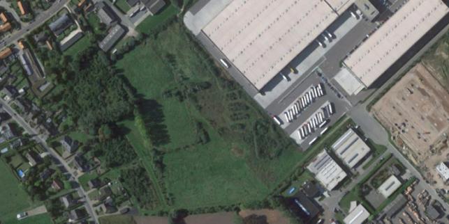 Bedrijfsruimte met opslag & magazijnen in Sint-Niklaas