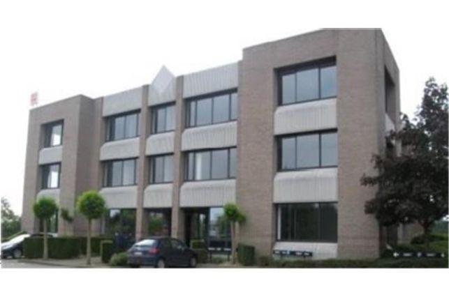 Kantoorgebouw te huur & te koop in Zaventem