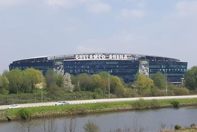 Kantoorruimte te huur & koop in de Ghelamco Arena in Gent