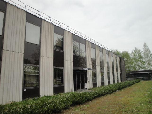 Bedrijfspand met opslag & kantoren in Zaventem