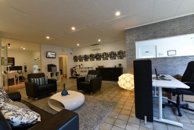 Kantoor met klein magazijn te huur in herent bij leuven aximas - Kantoor met geintegreerde opslagruimte ...