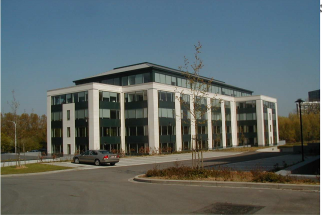 Square Marie Curie - Offices to rent in Anderlecht