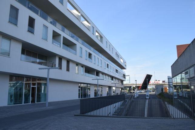 Handelspand voor winkel/kantoor te huur aan de Vaartkom in Leuven