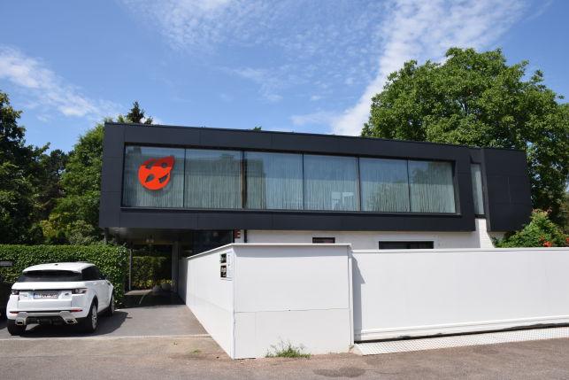 Bureaux ou cabinet amenagés à louer et à vendre avec maison à Heverlee à proximité de Louvain