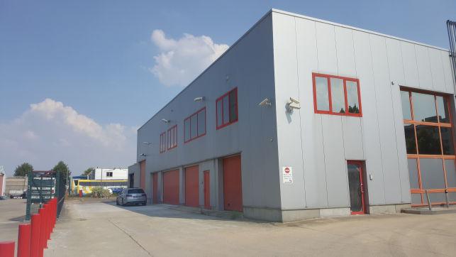 KMO-unit met showroom, opslag & kantoor te huur/koop in Wingepark Rotselaar