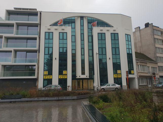 Kantoren te huur aan het station van Aalst met parking