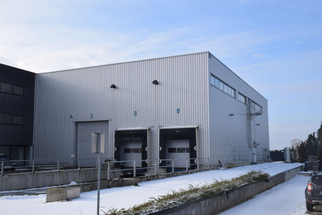 Warehouse with offices for rent in Lubbeek near Leuven