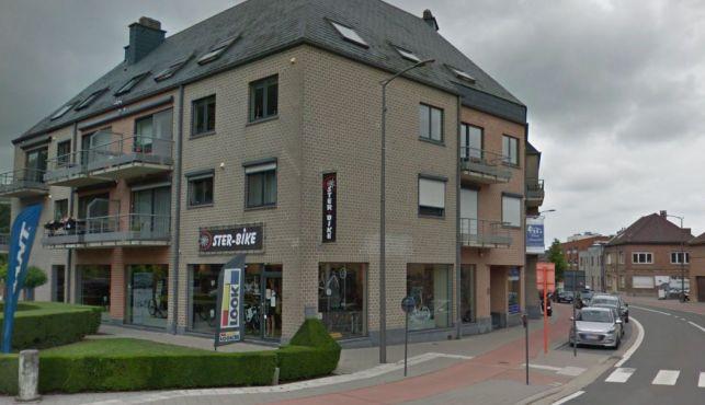 Baanwinkel als opbrengsteigendom te koop in Sterrebeek