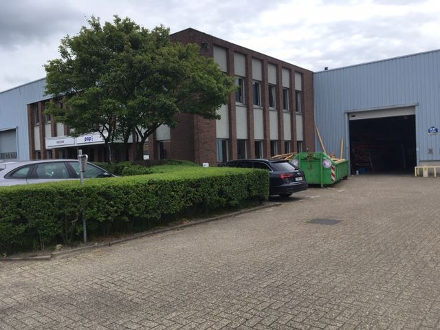 Woluwe Industry Park - Offices & Warehouses for rent