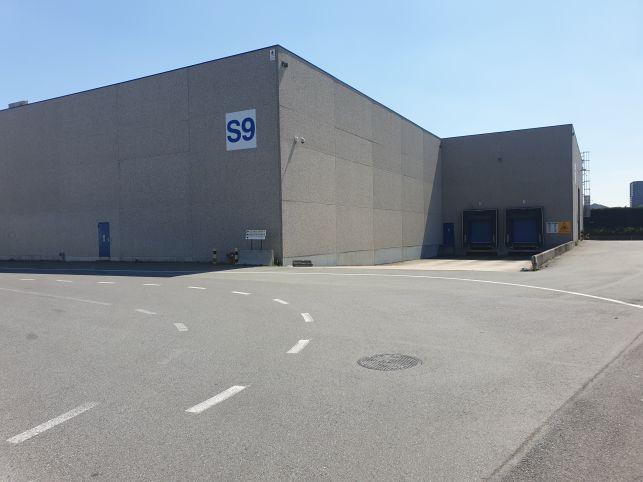 Entrepôts & Bureaux à louer dans le Port d\'Anvers