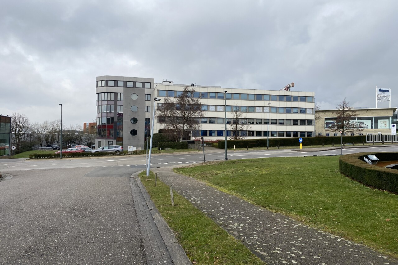 Offices and warehouse to let in Zaventem