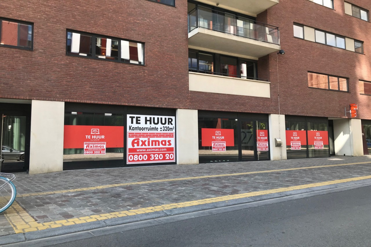 Retail outlet / commercial office to let in Leuven