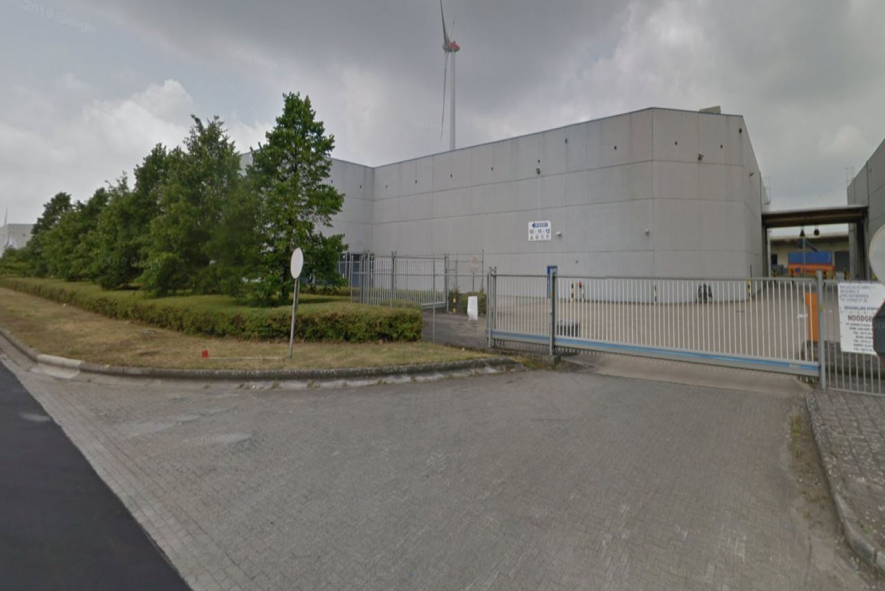 Warehouse with office for rent at Port of Antwerp