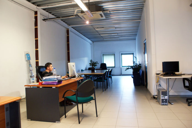 Budget kantoor te huur in Merelbeke bij Gent