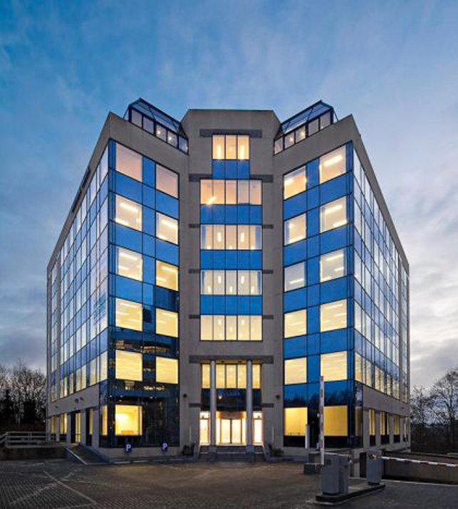 Office space rental near Ixelles Cemetery in Brussels