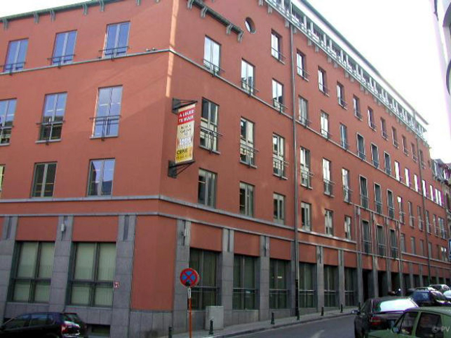 Fully renovated offices to let near Brussels Madou