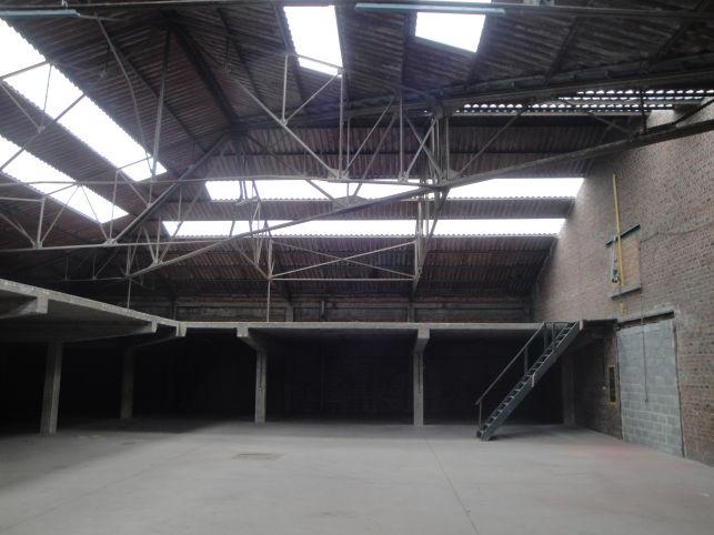 Bedrijfsruimte te huur / te koop   Brussel-Zuid periferie