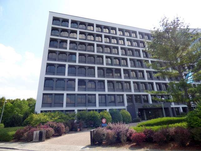 Schelde I: offices to let in Ghent