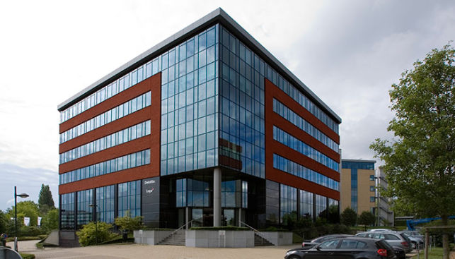 Brussels Airport - Prime office building to lease