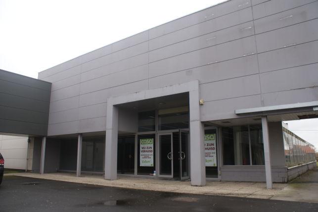 Winkel te huur in hetMammoet II winkelcentrum in Roeselare