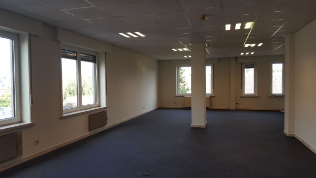 Office to lease near Ghent-Saint-Peters railway station