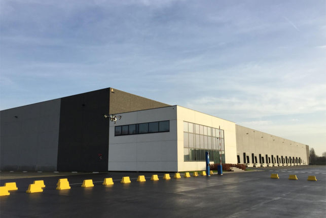 Offices & warehouse in distribution center to let in Willebroek Antwerp