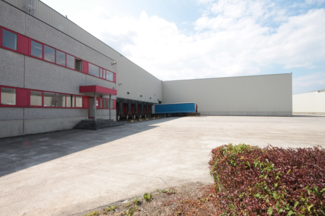 Warehouse to let near Mechelen