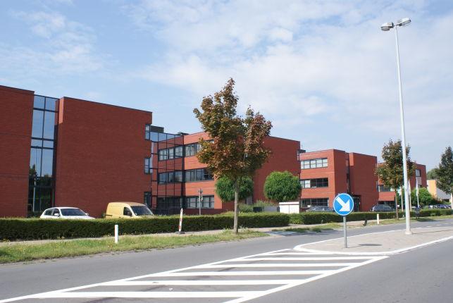 Kantorgebouw te huur in Erembodegem bij Aalst