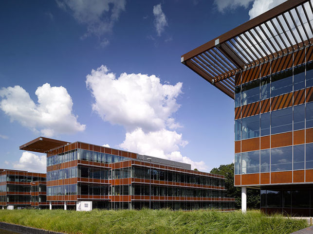 Office space rental in Namur Office Park