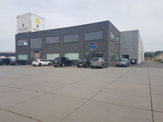 Rendement Immeuble à vendre le long de la E17 Kruibeke