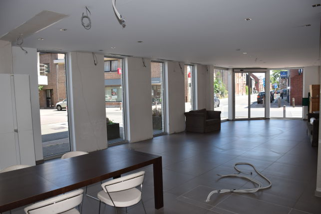 Retail or commercial office for sale & rent near Leuven