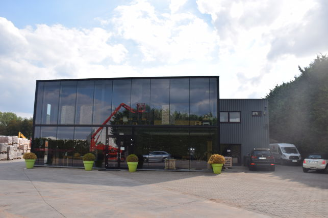 Outdoor storage & warehouse for sale near Leuven, Brussels and Mechelen