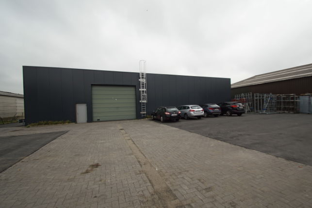 Warehouse to let in Nazareth near Ghent